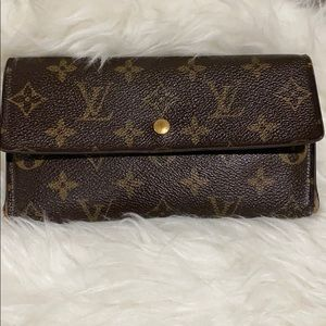 Louis Vuitton international long Wallet